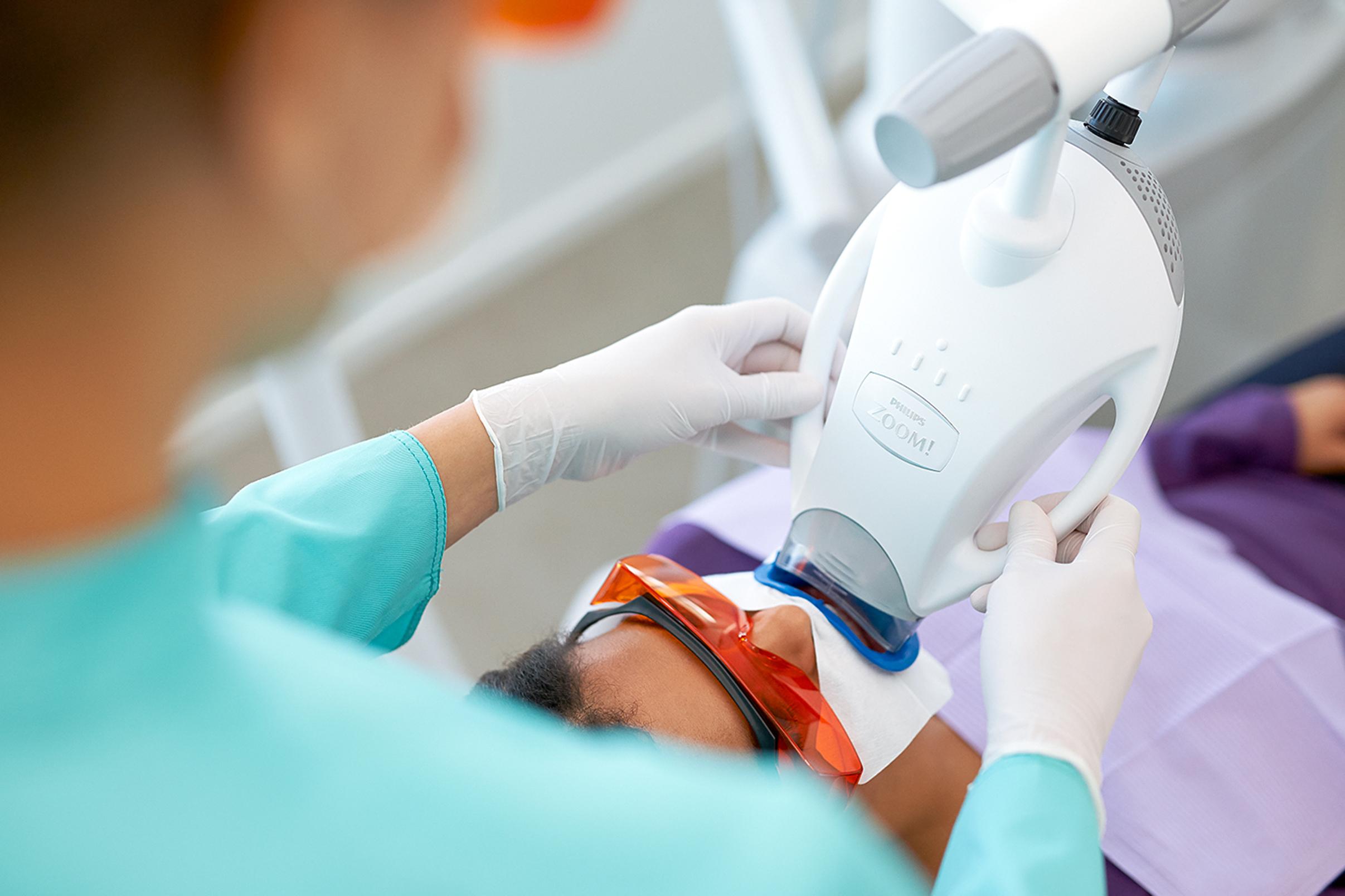 Zahnarzt-Hoheluft-Bleaching-Dr-Amani